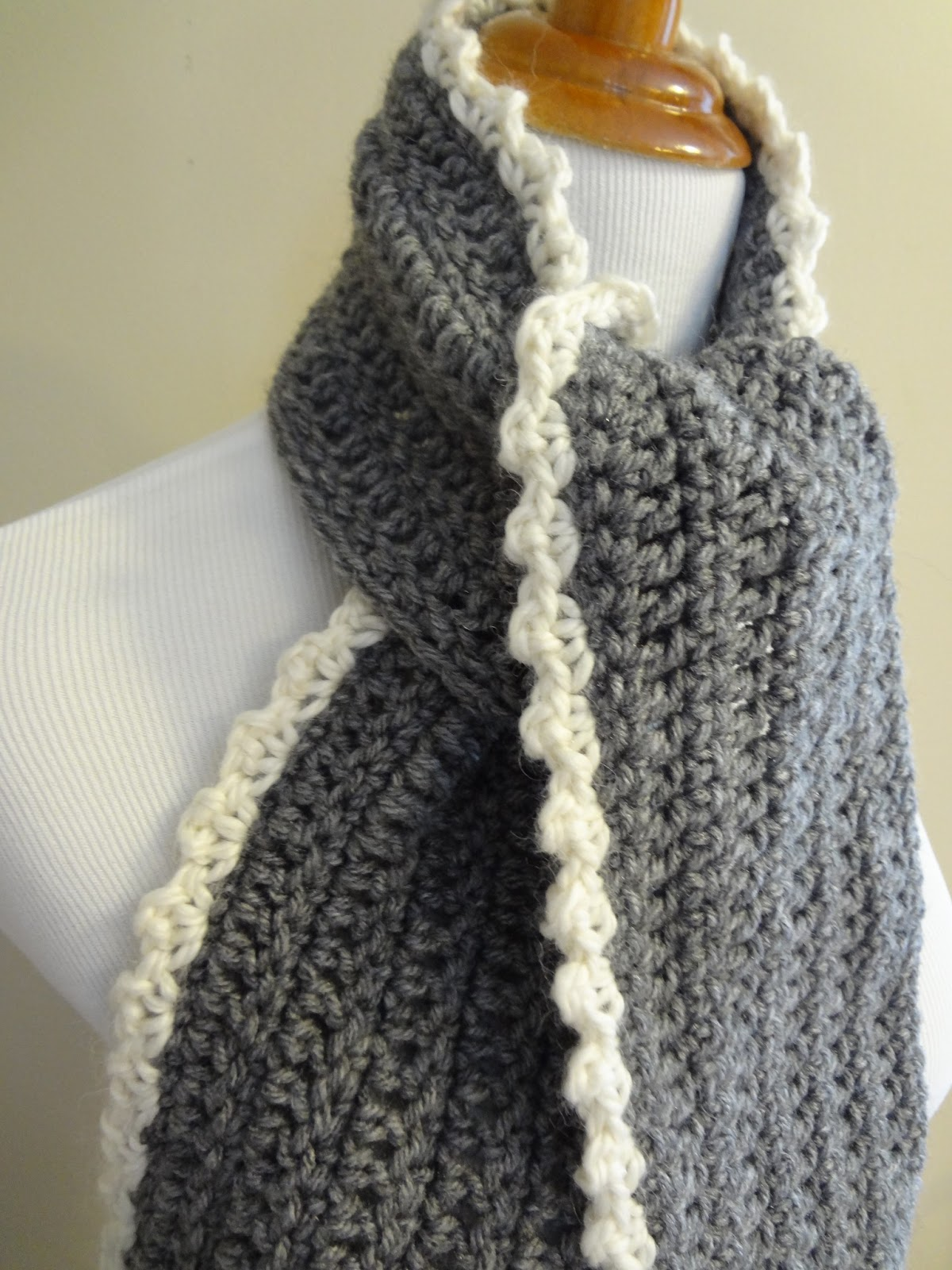 Free Crochet Scarf Edging Patterns : Fiber Flux: Free Crochet Pattern...Ingrid Scarf