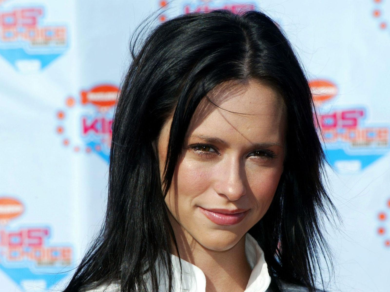 http://2.bp.blogspot.com/-8kCiA6OWtsk/UNtU2o7wZ_I/AAAAAAAACKI/tPpbqIxAQog/s1600/Jennifer-Love-Hewitt.jpg