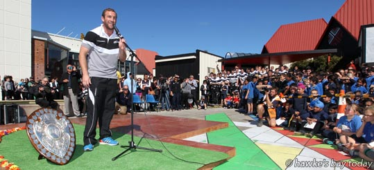 Mike Coman, captain - Parade in Hastings for the Hawke's Bay Magpies rugby team, followed by a mayoral reception, civic reception at Civic Sqaure. Winners of the Ranfurly Shield, after beating Otago 20-19 in Dunedin on Sunday photograph