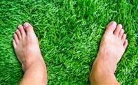 משטח דשא סינטטי במרפסת