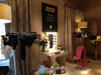 Showroom con la nueva colección de Wonderbra primavera-verano 2016