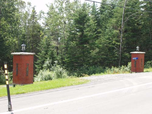 Brick Driveway Columns6