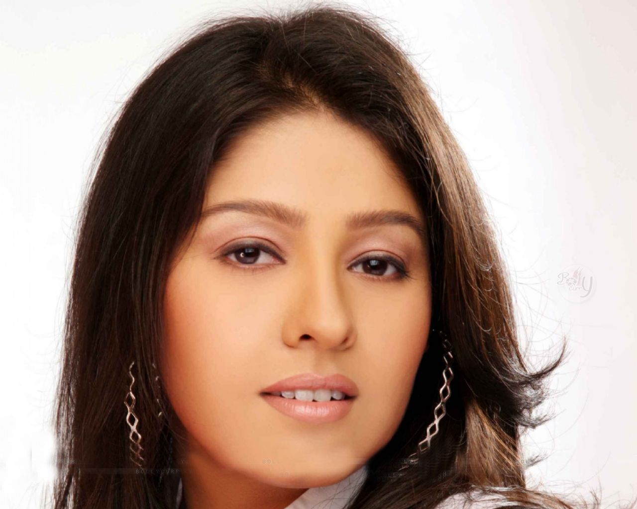 Sunidhi Chauhan Net Worth