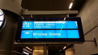 Bahnverkehr: Zugverbindung nach Schlesien wird eingestellt Die letzte Fahrt von Berlin nach Breslau, aus Berliner Zeitung