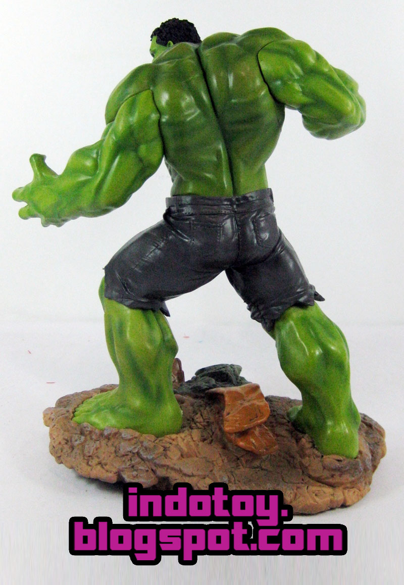 Jual Action Figure Hulk Avengers Age of Ultron with Base : Crazy Toys
