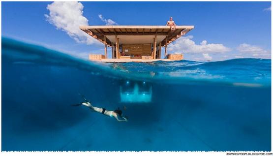 Resort Terapung Dengan Bilik Bawah Air Menawarkan Permandangan Bawah Laut