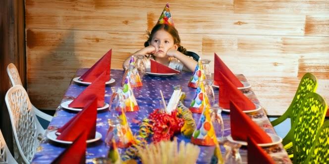Undangan ulang tahun yang berujung denda