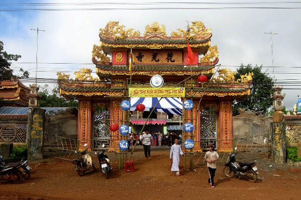 Khóa tu mùa Hè Chùa Hoa Quang Huyện ĐăkSong 02