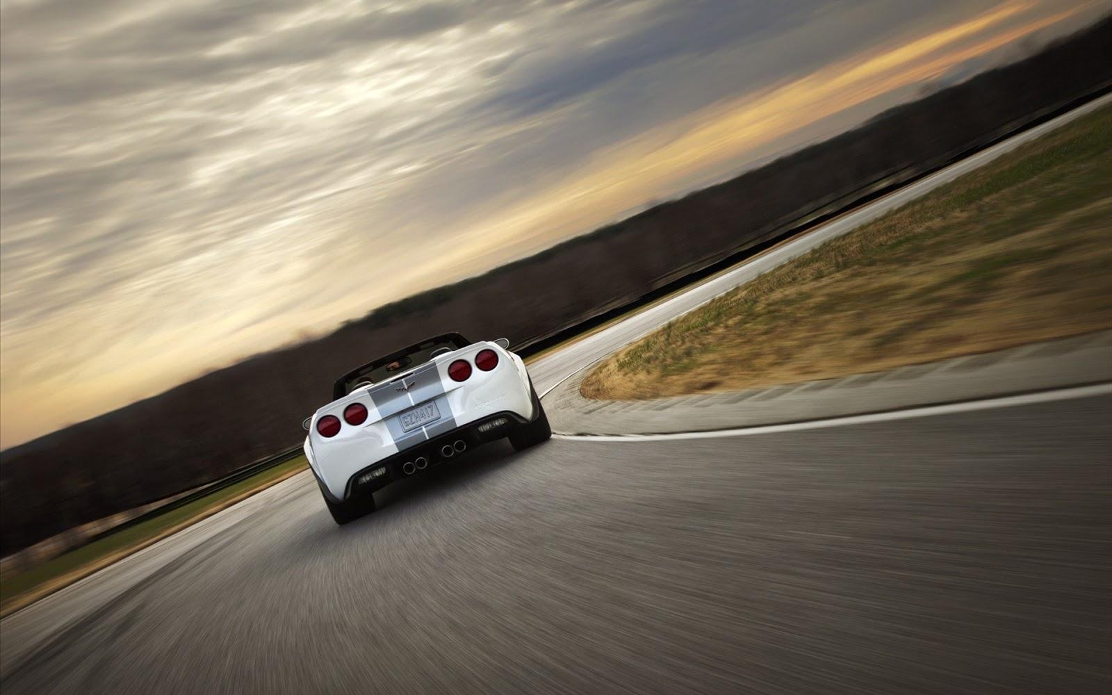 http://2.bp.blogspot.com/-8l2MO9aCkmI/UK9o48fDQfI/AAAAAAAACS4/H6DmqVkc_NA/s1600/Chevrolet+Corvette+427+Convertible+4.jpg