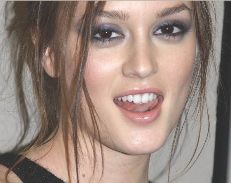 Leighton Meester teeth