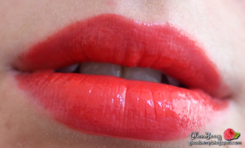 dior addict fluid stick review swatches lip color lipcolor lipgloss lipstick 552 joli reve coral orange glossberry סקירה דיור ליפגלוס גלוס חדש סטיק ביקורת גלוסברי ניוד אדום