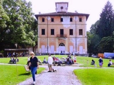 C'è chi propone di fare di Villa Palazzola Stresa un Centro Internazionale d'Arte.