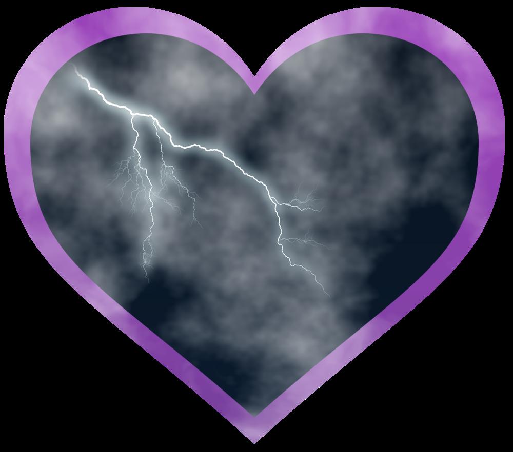 corazon nublado con rayo