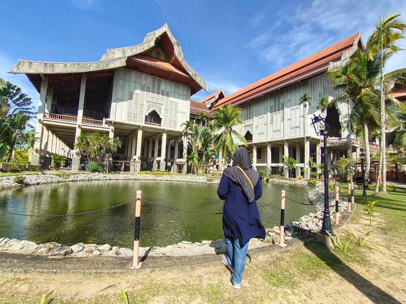 Muzium Negeri Terengganu, Losong