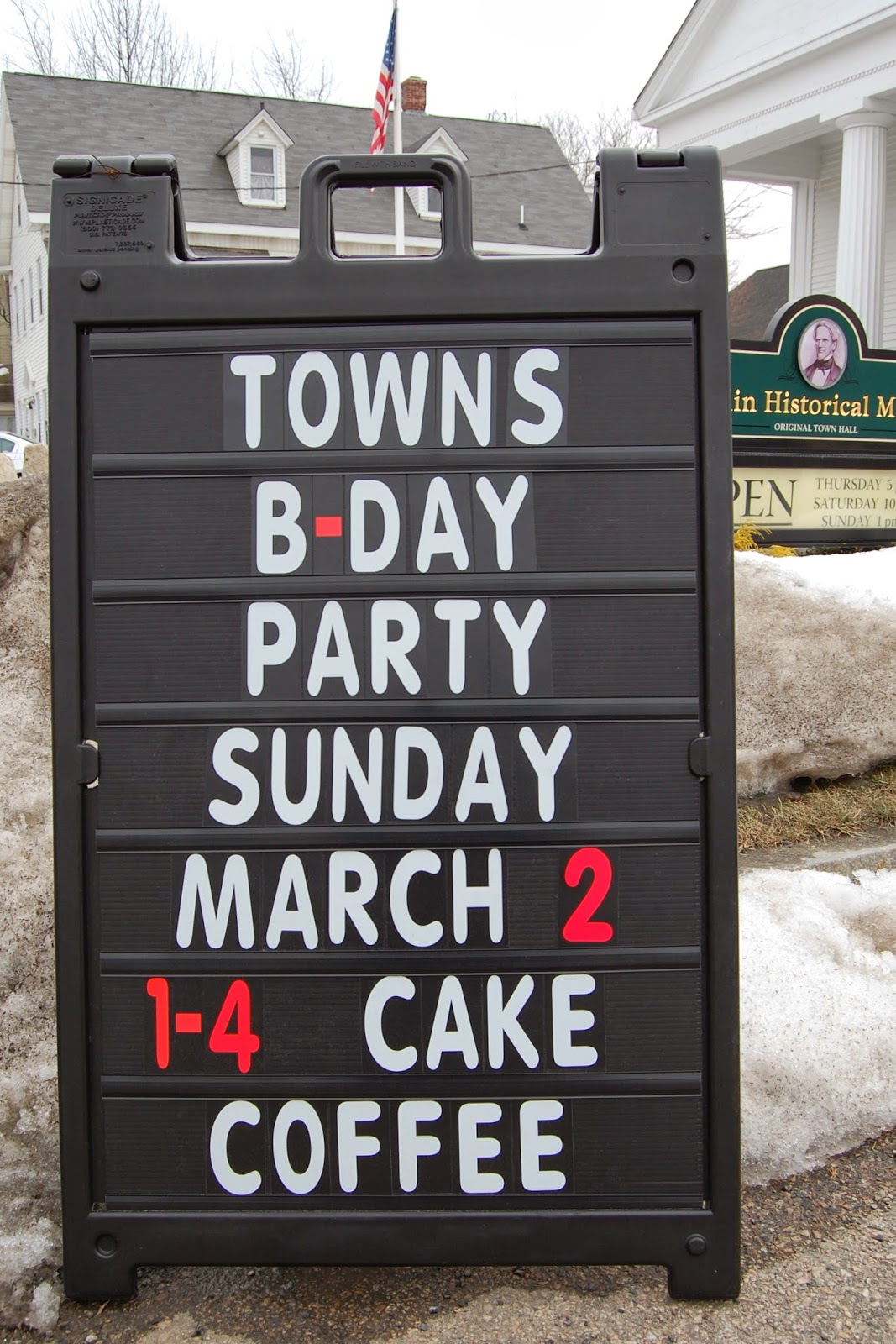 birthday party sign outside the Museum