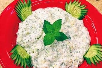 Ispanaklı Yoğurt Salatası Tarifi Kolay Yapımı