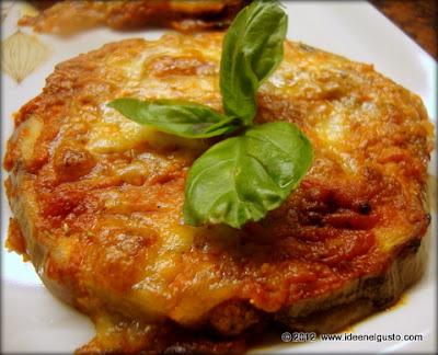 ricetta pizzette di melanzane , eggplant pizza