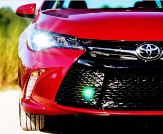 2017 Toyota Camry XSE Review Design