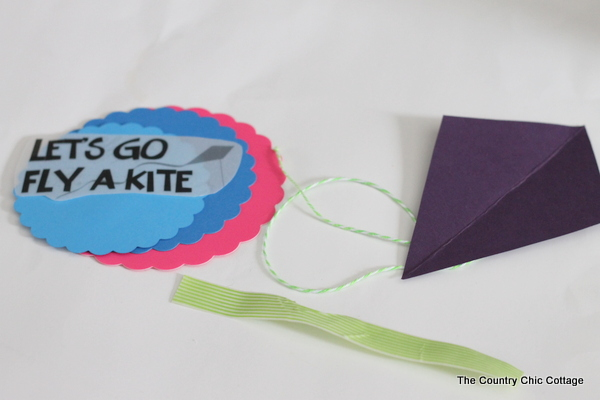 fly a kite spring wreath from socks