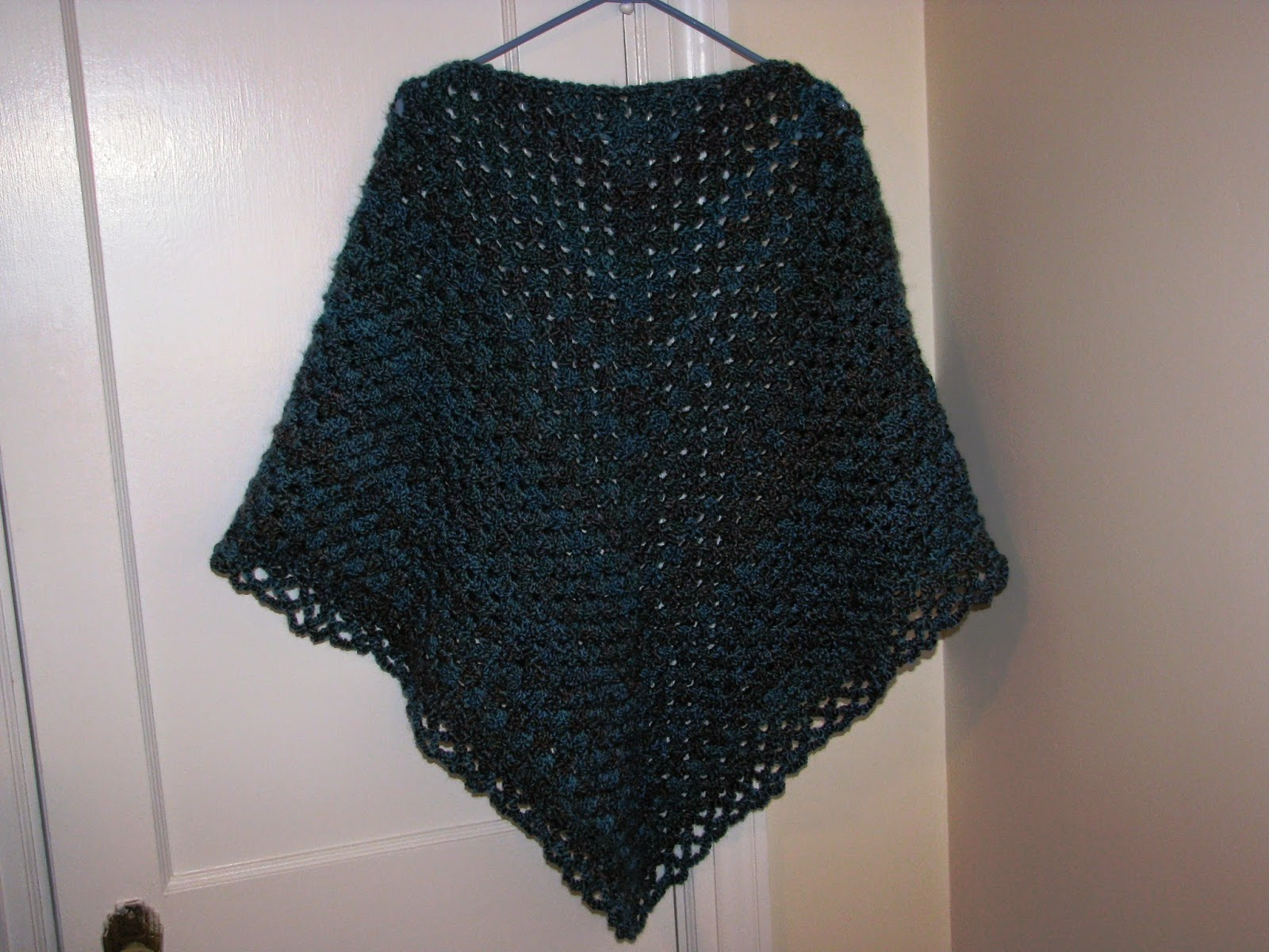 Free Crochet Pattern For Triangular Prayer Shawl : Craft Attic Resources: Triangular Prayer Shawl