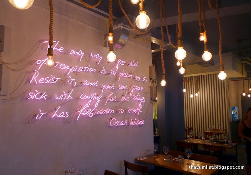 Le Comptoir, French Creperie and Pub, Singapore