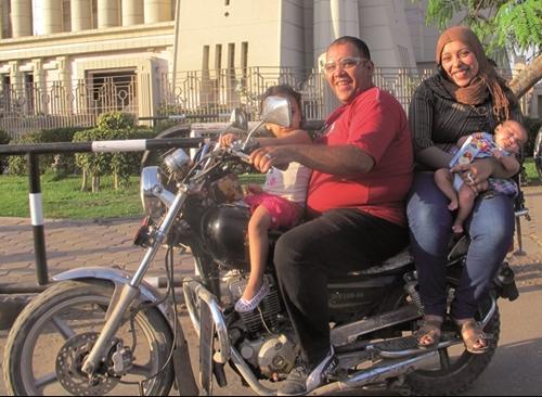 """""""Cairo Drive"""", de Sherief Elkatsha, foi filmado entre o início da revolução egípcia e a eleição presidencial (Foto: Divulgação)"""