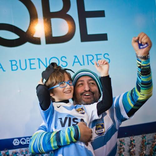 QBE Seguros La Buenos Aires alentó a Los Pumas en Vélez