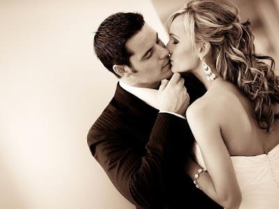 fotos de beso romantico