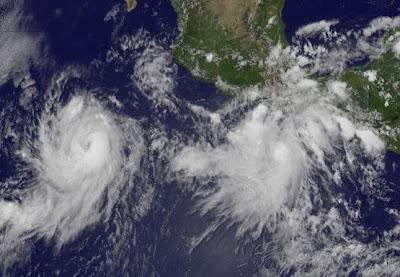 Pazifik aktuell: EUGENE jetzt Hurrikan Kategorie 2 - Potentieller Tropischer Sturm FERNANDA bildet sich vor Mexiko, Puerto Angel, Mexiko, Pazifik, aktuell, Hurrikanfotos, Hurrikansaison 2011, 2011,
