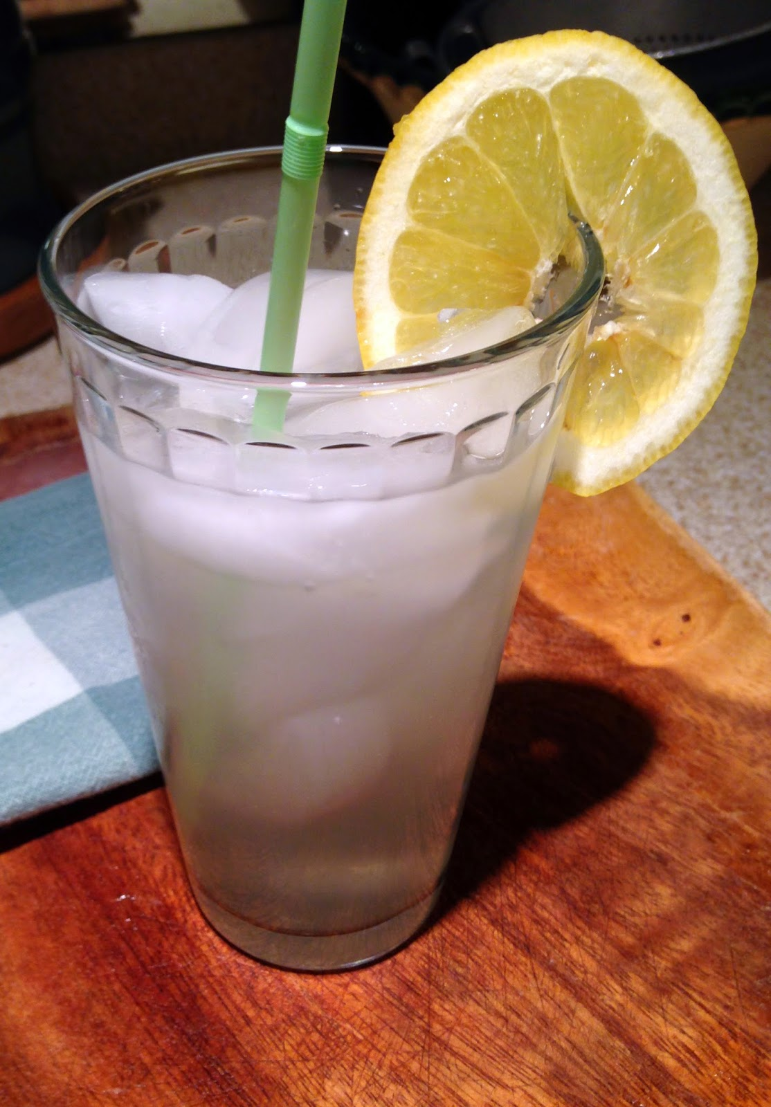 Gadding about with grandpat homemade lemonade weather for Diy lemonade