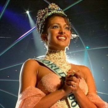 Priyanka Chopra winning Miss World Title HD Hot Pics