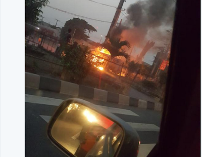 PHOTOS: Commercial Bus Catches Fire In Surulere, Lagos Last Night