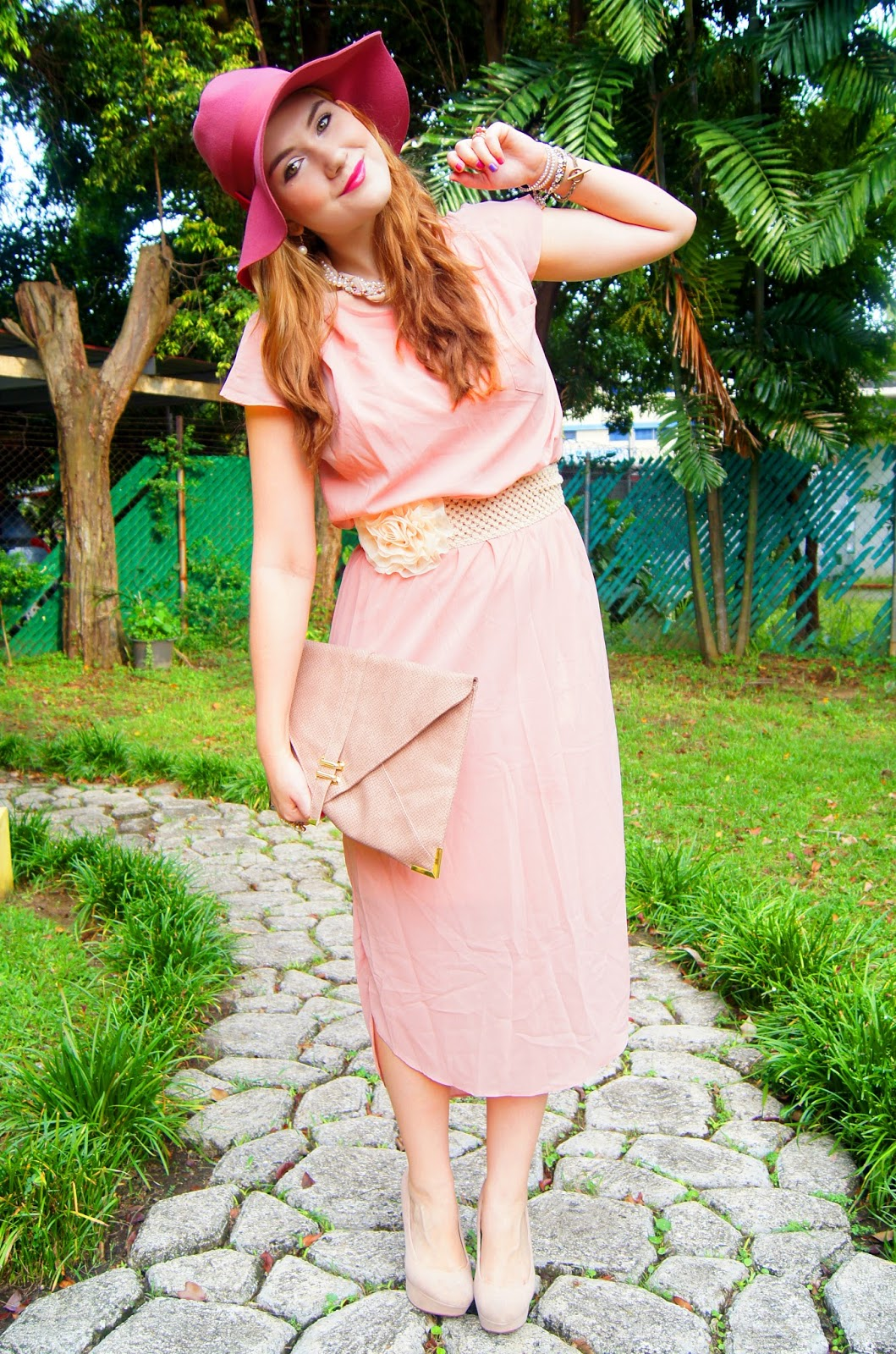 Wear pastel colors for Spring! Click through for tips on how to wear this trend!
