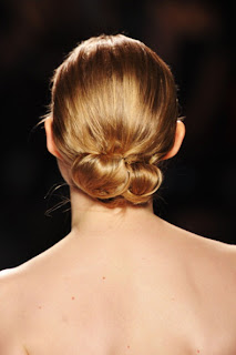 The chic hairstyles for Christmas 2012