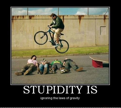 Force of gravity is the best ~ funny image border=