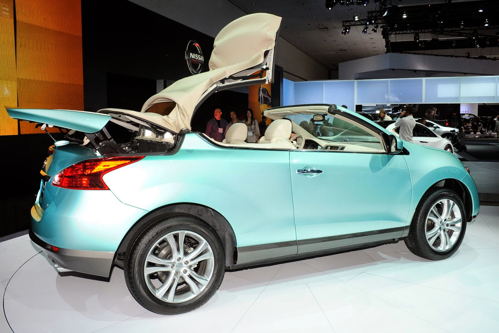 Failed Products, The Nissan Murano CrossCabriolet | Marketing