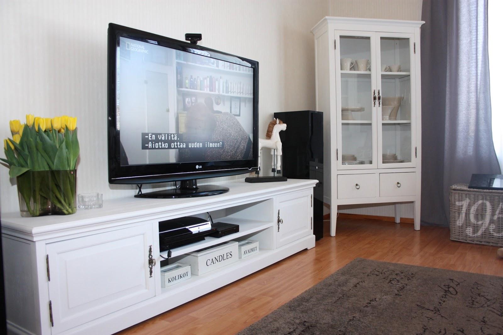 Lillajusu: vitt och nytt i vardagsrummet!