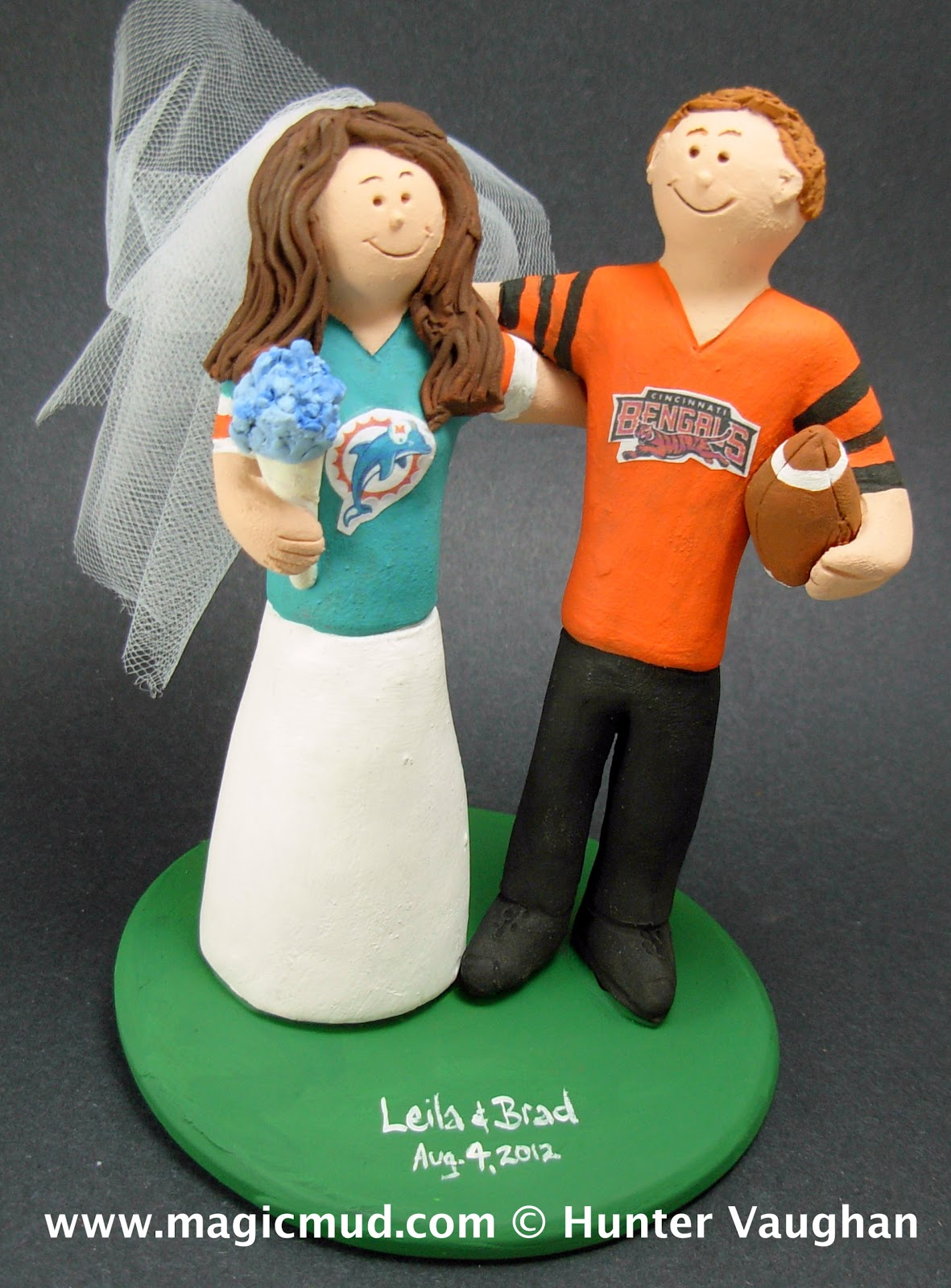 Cincinnati Bengals Football Wedding Cake Topper