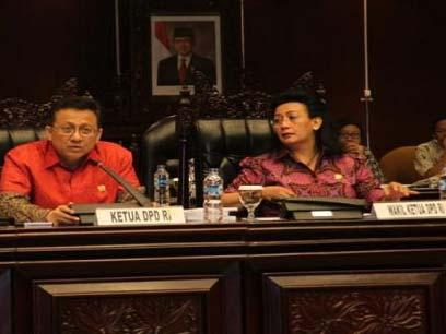 Makalah korupsi di indonesia 2013