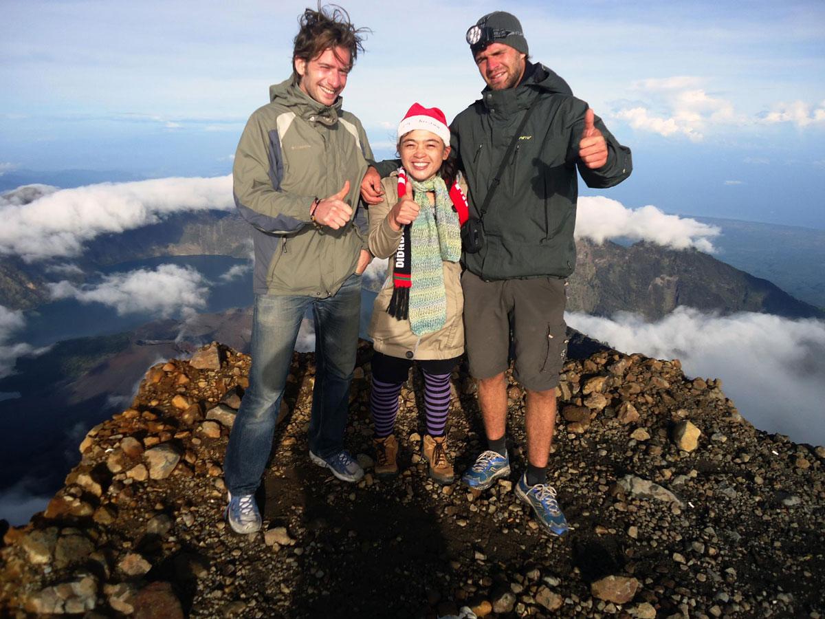 Climbing mount rinjani package lombok island indonesia about us - Mount Rinjani Summit 3726 Meter Altitude
