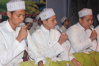 Best Live Performance of Asyiqol Musthofa Group Pekalongan Indonesia