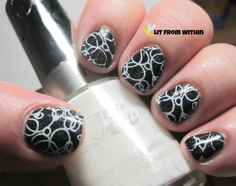 Simple white bubbles with Revlon Spirit and stamping plate Mash-43