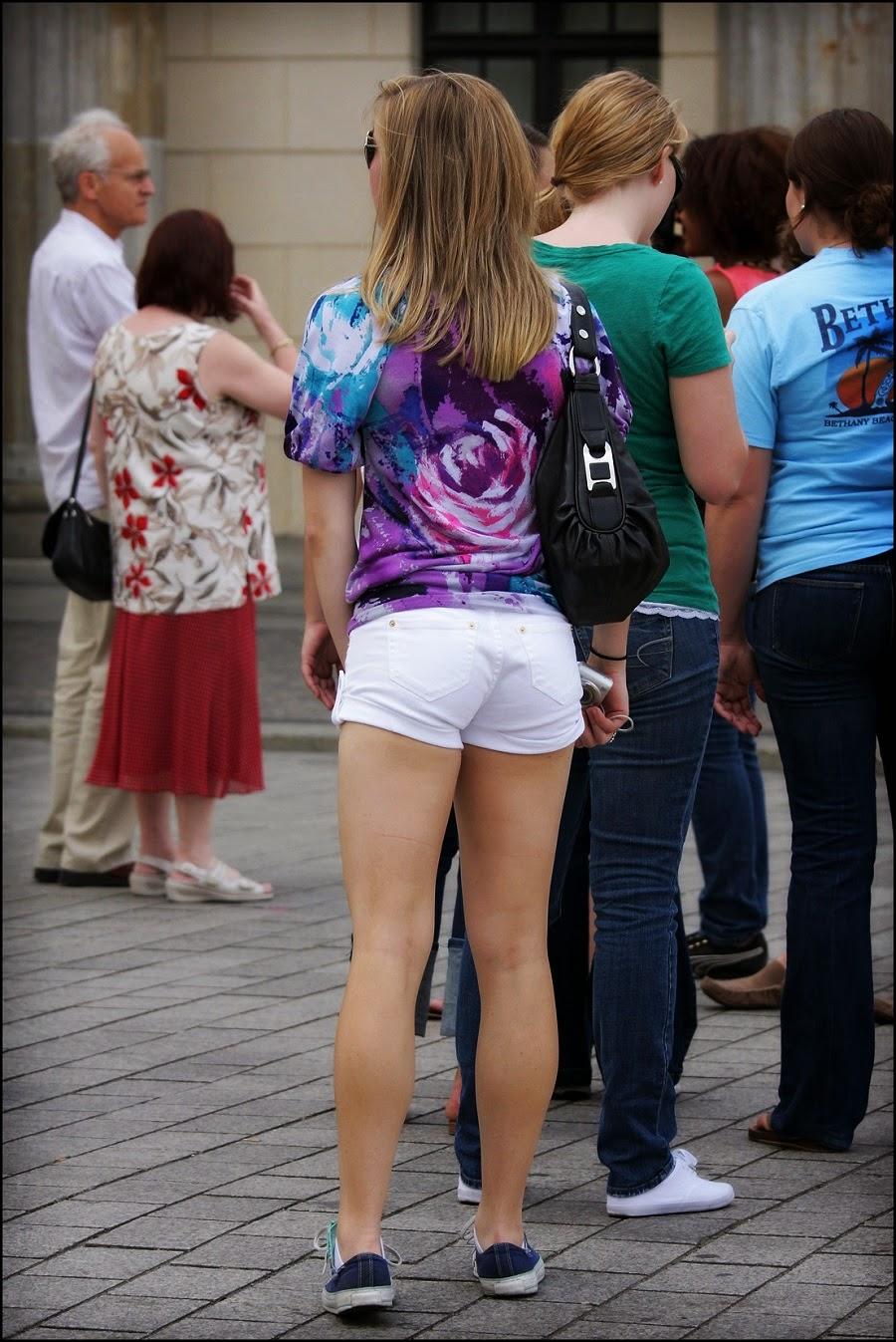 Chicas Nalgonas En Shorts