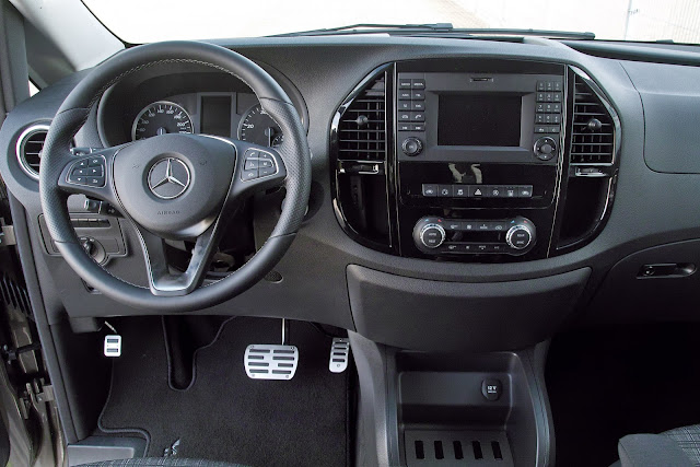 mercedes metris interior