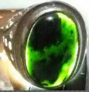 Batu Black Jade Aceh Dapat Menyerap Racun Dalam Tubuh