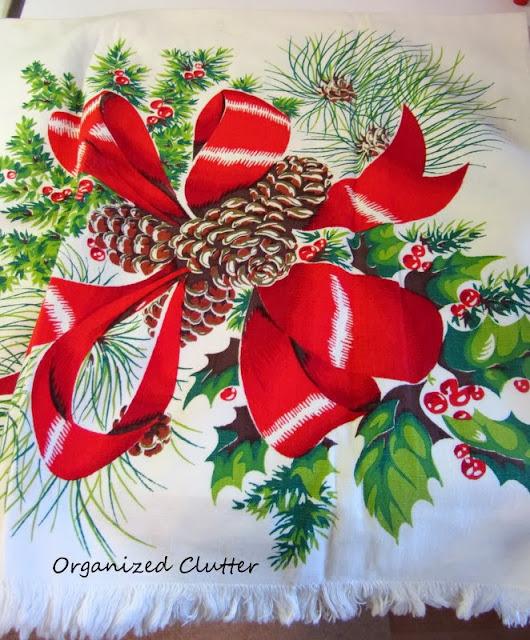 Vintage Christmas Tea Towel www.organizedclutterqueen.blogspot.com