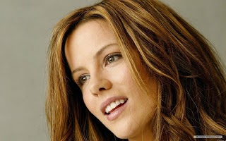 Kate Beckinsale Smile