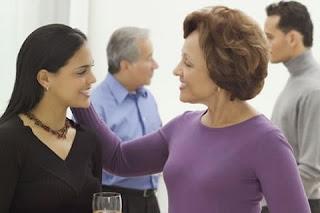 Cómo pedir la mano de tu novia en matrimonio a sus padres