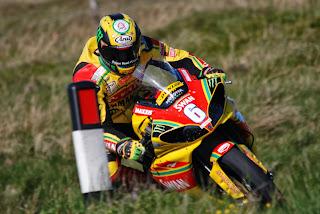 Fondo Ian Hutchinson 2012 TT