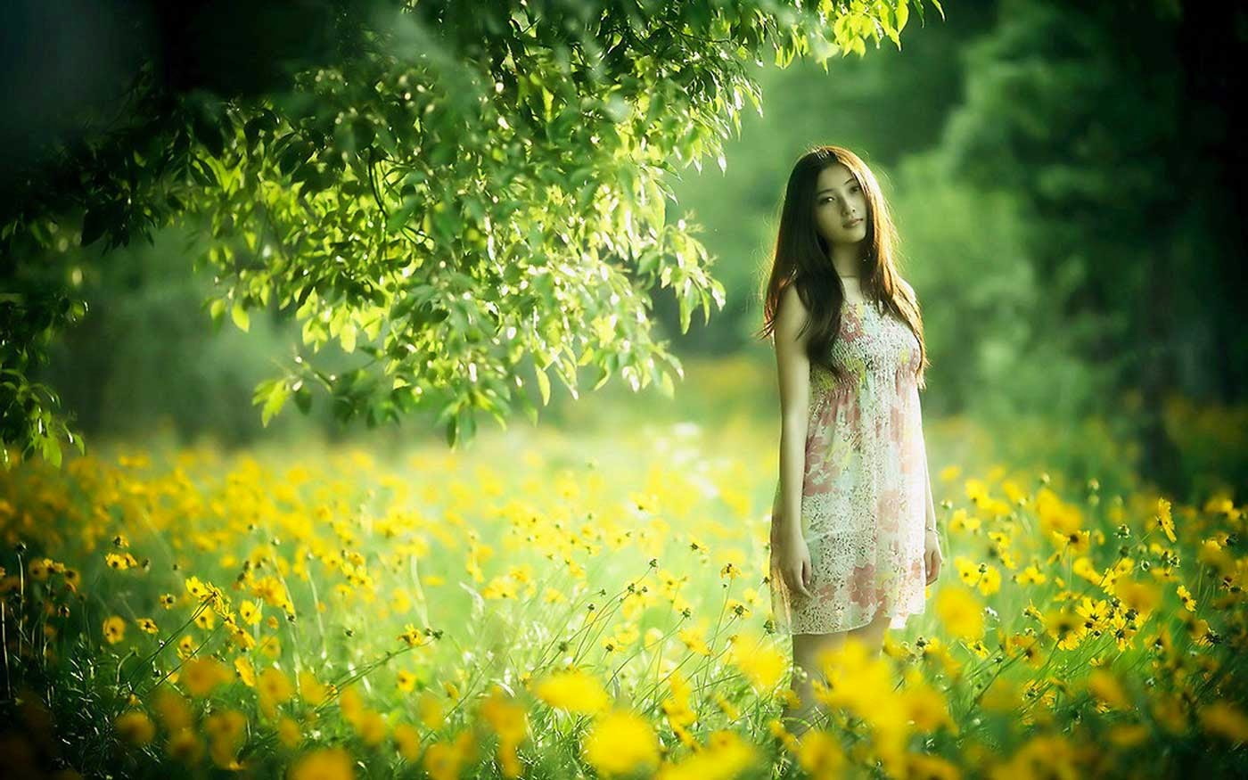 Cute Girl in Nature Photography